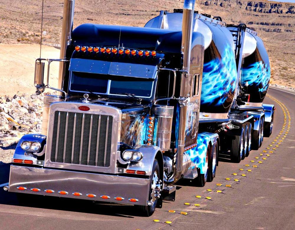 Show_Truck-4x