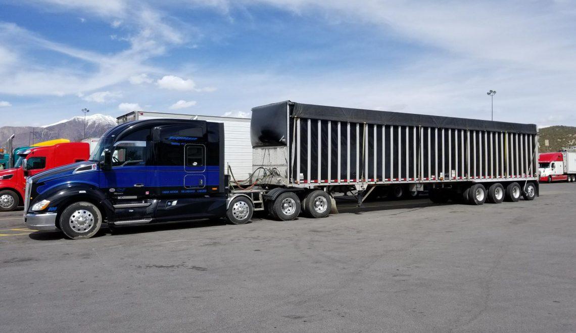 Burningham Trucking, Black & Blue Kenworth, 208